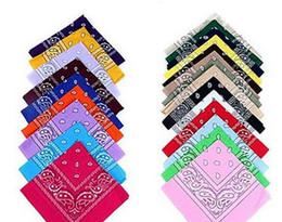 Promotion foulards en coton de marque de gros Bandanas gros-hip-hop de coton pour les hommes Femme Homme Femmes Head soie écharpes de créateurs de mode Foulards multiples bracelet de couleur carreaux hijab