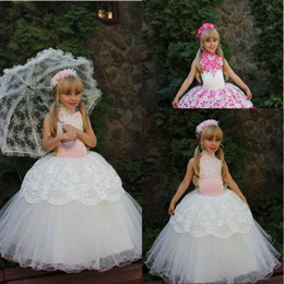 Cheap Lace White Fuchsia Ball Gown Flower Girl Dresses With Halter Crystal New Little Girls Pageant Dresses for Girls Party Dress 2016