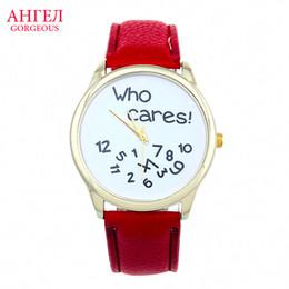Famous Brand Designer Men Women Watches Top Brand Luxury Wrist Watches Women PU Leather Men Sports Watch Relogio Ladies Watches