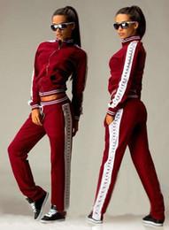 Promotion le sport pc Vente en gros femme de sport de temps d'aventure costume de marque avec capuche survêtement sweat-shirt + pantalon 2 pièces active costume sportwear