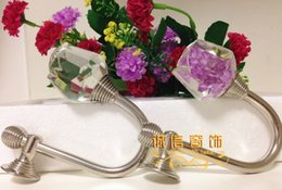 Wholesale Rose high grade crystal wall hook curtain accessories wall hook curtain hooks European Authentic hook curtain clip straps
