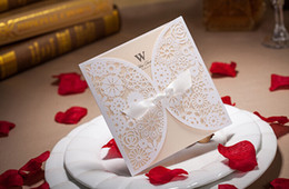Wholesale Chic White Flower Cut out With Bow Free Personalized Customized Printing Wedding Invitations Cards Cheap In Stock