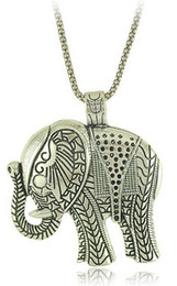 Wholesale New Fashion Vintage Thailand Ethnic Antique Silver Necklace Jewelry For Women Metal Carving Cute Elephant Pendant Necklaces N0171