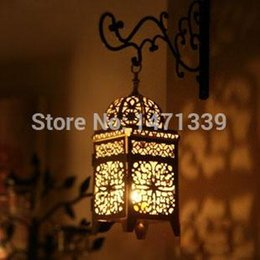 Wholesale home goods antiques candle holder metal lantern wedding iron wall candle holder MH012