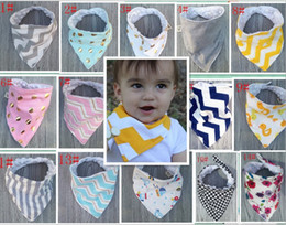 Wholesale 20 Style Baby Bandana Scarf Bibs Feeding Triangle Cotton Kids Head Scarf Infant Bibs Burp Cloth Thicken Various Pattern Printed Wraps KB203