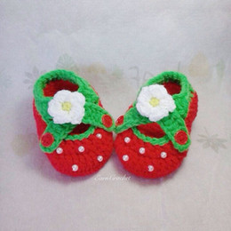 Hot Sale Crochet baby shoes,red strawberry girls shoes,handmade baby shoes with flowers 0-12M baby shoes first walker shoes