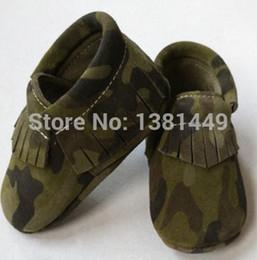 Promotion la conception de chaussures de couleur Vente en gros-WOW nouvelle conception de l'armée mocassins de la frange, camouflage couleur bébé moccs bottes prewalker moccs, cuir véritable douce semelle chaussures SUEDE