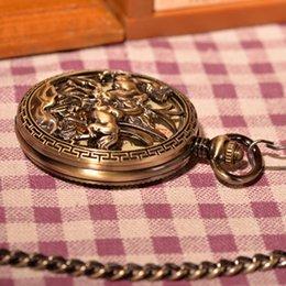 Wholesale Flying Horse Vine Antique Roman Numerals Mechanical Hand Wind Pocket Watch Vine Gift Men Skeleton Steampunk Watch