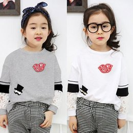 Hot Selling Product Children T-shirts Lace Patchwork Long Sleeve Tshirt For Kids Fashion Casual Joker Girls Tops White And Gray K515