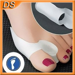 Wholesale New Gel Toe Separators Stretchers Alignment Bunion Pain Relief Direct Shippng Best selling