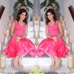 Wholesale 2015 Short Prom Dresses with V Neck Fuchsia Satin Lace Appliques Party Gowns Cap Sleeves Backless Cocktail Party Dress India Arabic
