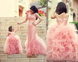 Wholesale Adorable Fashion Cute Pearl Pink Ruffle Ball Skirt Flower Girl Dresses Baby Toddler Party Little Girls Pageant Dresses Kids Party custom mad