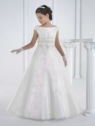 2015 Vintage White Girl Communion Dress Cap Sleeve Jewel Appliques Sash Organza Long Special Occasions Flower Girls party Gown