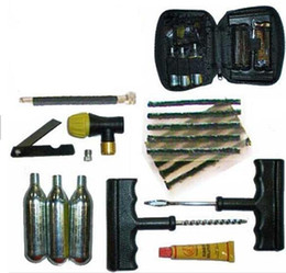 Wholesale CO2 Tire Tyre Inflation Inflator Repair Tool Kit Motorcycle ATV QUAD Dirt Bike g Co2 Cartridge Tire Strings cement release