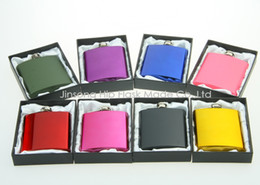 Color coated 6oz stainless steel hip flask in black gift box packing , white silk lined,personalized logo free