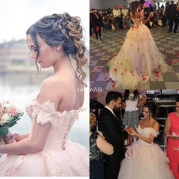 Beautiful 2019 Lace Arabic Ball Gown Wedding Dresses Off Shoulder Corset Backless Puffy Skirt Bridal Gowns Wedding Dress Custom Made