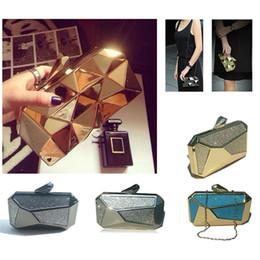 New Designed Metal Frame Rhinestone Evening Bag Bullet Clasp Diamond Encrusted Crystal Clutch Box Concave Handbag - 13031K