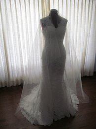 Hot Fashion Top Quality Best Sale Romantic Chapel White Ivory champagne Cut Edge Two layer Bridal veil For Wedding Veil