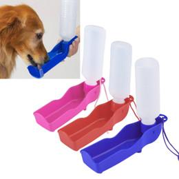 Wholesale Portable Cheap Plastic Foldable Pet Dog Cat Water Drinking Bottle Dispenser Travel Feeding Bowl Dog Pet Water Bottle Supplies