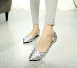 Hot 2016 new flat shoes women singles shallow mouth pointed soft women flat shoes large size leather shoes woman