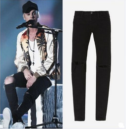 Wholesale TOP men s designer clothes famous brand slp ankle zipper justin bieber rockstar black distressed ripped skinny fear of god jeans