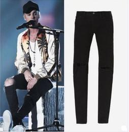 Wholesale TOP men s designer clothes famous brand slp ankle zipper justin bieber rockstar black distressed ripped skinny fear of god jeans