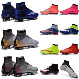 Wholesale Zapatos barato Fútbol de niños zapatillas de deporte para hombre de Cristiano Ronaldo CR7 Mercurial Superfly FG Botas de fútbol Mujeres Tacos de fútbol al aire libre Botas De Futbol