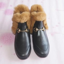 Wholesale 2016 new high quality brand name luxury rabbit fur boots in Europe and America Ms Leather slippers