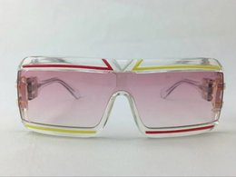 2016 FASHION MOD856 VINTAGE LEGEND SUNGLASSES CLEAR RED YELLOW FRAME PINK LENS BRAND NEW WITH ORIGINAL BOX