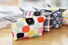 Wholesale HOT sales large capacity Cosmetic Bags Dumplings Make up bags for women Plaid travel wash bags DHL