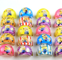 Wholesale New minions kids Rings Acrylic cartoon Ring resin children favor party jewelry rings finger toy childrens Despicable Me Best gift