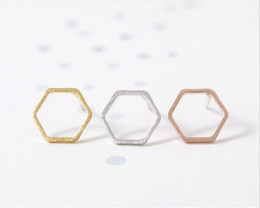 Wholesale Women fashion and personality is the best gift for zinc alloy plating rose gold silver plating rose gold plated hexagon stud earrings wholes