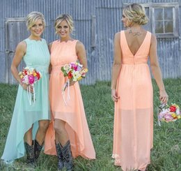 2018 Beach Chiffon Bridesmaid Dresses Lace Crew Neck High Low Western Country Party Dress Custom Made