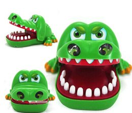 Bite the crocodile In the toy Trick toys cute animals baby toys for children brinquedos gift for kids outdoor fun play games fun kids toy
