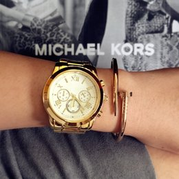 Wholesale 2016 hot sale lady fashion gold watch big dial bracelet women watch Wristwatches quartz watch famous Brand female clock