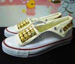 Ship with box! New 2016 pyramid spike studs canvas shoes tide fashion unisex shoes for lovers of all size 35-45 eur
