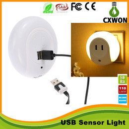 Wholesale Smart Design LED Motion Night Light with Light Auto Sensor Dual USB Wall Plate Charger Socket Soft Lamp for Bathrooms Bedrooms Decor