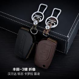 100% Genuine Leather Car Key Case Cover 3 Buttons Folding For 2015 TOYOTA Highlander MARK X COROLLA Car Key Holder Car Key Accessorie