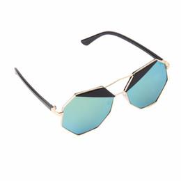 Promotion meilleures lunettes de soleil gros Gros-2016 New Summer Fashion Femmes Lunettes de soleil Polygon Couleur Film Big Cadre cool Best Seller