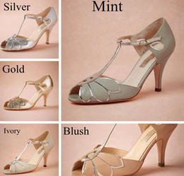 Buy shoes online size 14