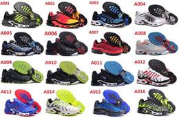 Wholesale Low TN Chaussures de course sur le plat Bottom Air Cushion chaussures Hommes Helped Breathable Light Running Shoes Casual Shoes Livraison gratuite