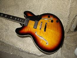 Guitares main gauche corps creux en Ligne-Retail Custom Shop Vintage Sunburst F Trou Hollow Body 335 Guitare électrique Gauche Guitar Handed Disponible