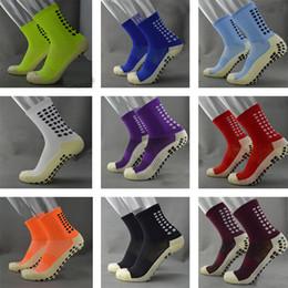 Wholesale TOP Quality Men Anti Slip Football Socks TockSox Mid Calf Football Socks Soccer Short Stockings TruSox Futbol Meias Calcetines