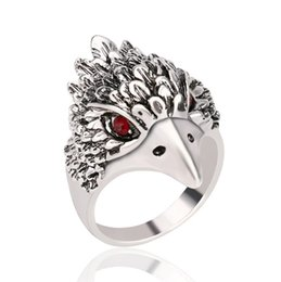 Wholesale 2016 European and American fashion hot retro Antique Silver men ring domineering Eagle head Thai Silver Ring