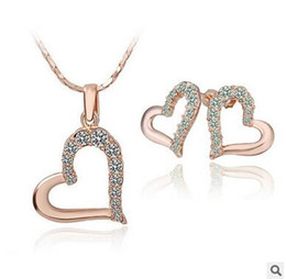 Diamond Heart Design Necklace and Earring Sets Gold Diamond Heart Pendant Necklace Stud Earrings Jewelry Set