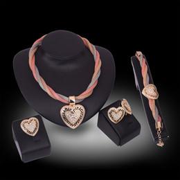 Rings Necklaces Earrings Bracelets Jewelry Sets Luxury Fashion Rhinestone 18K Gold Plated Alloy Heart Wedding Jewelry 4-Piece Set JS164