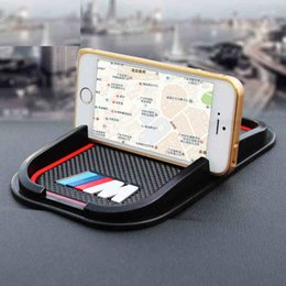 Wholesale Rubber good quality M peroformance M emblem car no slip phone car phone support for BMW E36 E46 E60 E70 E40 E90 F25 F30 F10