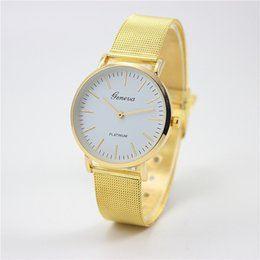 Wholesale Explosion models selling network with Geneva watch women s fashion watch business casual couple table
