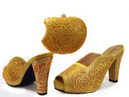 Wholesale 2016 very Special apple shape design fashion quality african lady shoes Matching Bag JUNE