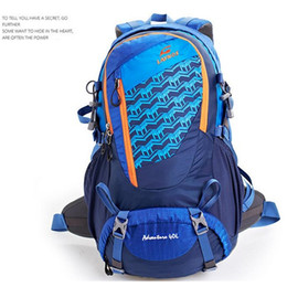 Wholesale Fashion Patchwork Sports Backpack for Men Women High Quality Cheap Waterproof Nylon Camping Hiking Backpack Bags for Travelers